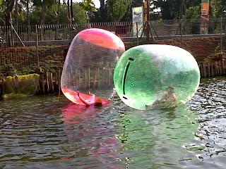 bola air besar
