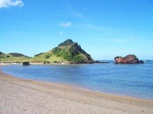 Foto Pantai Kuta Lombok Obyek Wisata Alam Indah