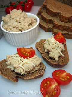 smoked-mackerel-pate-on-german-style-brown-bread