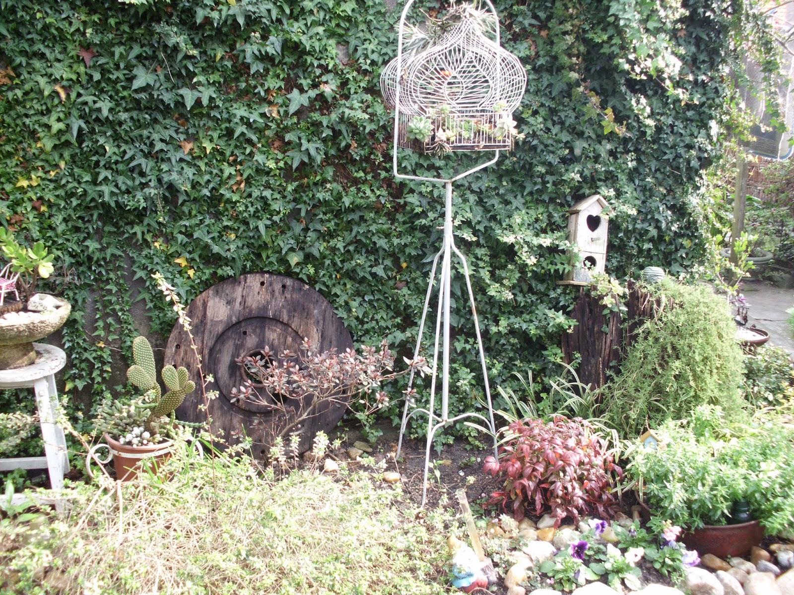 Mi jardin por estos dias for Jardines vintage