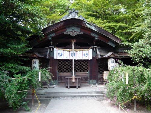 梨木神社拝殿