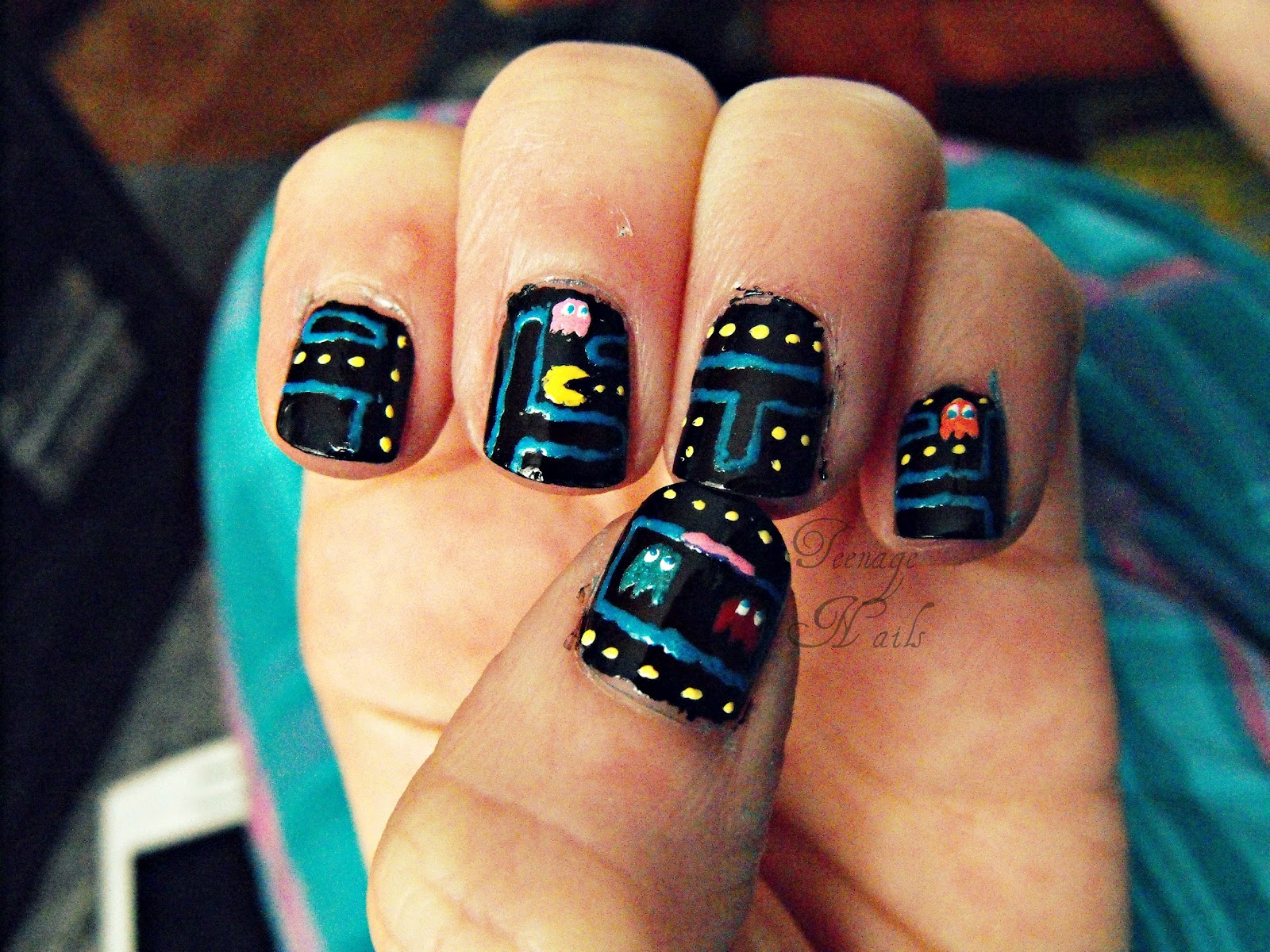 Day to Day Nails: Gamer Nails: Pac Man and Space Invaders