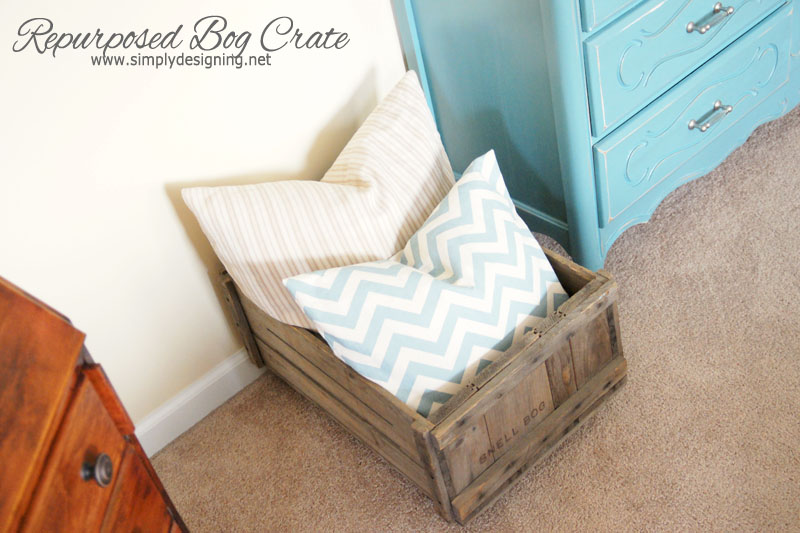 Repurposed Cranberry Bog Crate | learn how to make a vintage crate into a rolling home storage option - simply | #diy #crate #storage