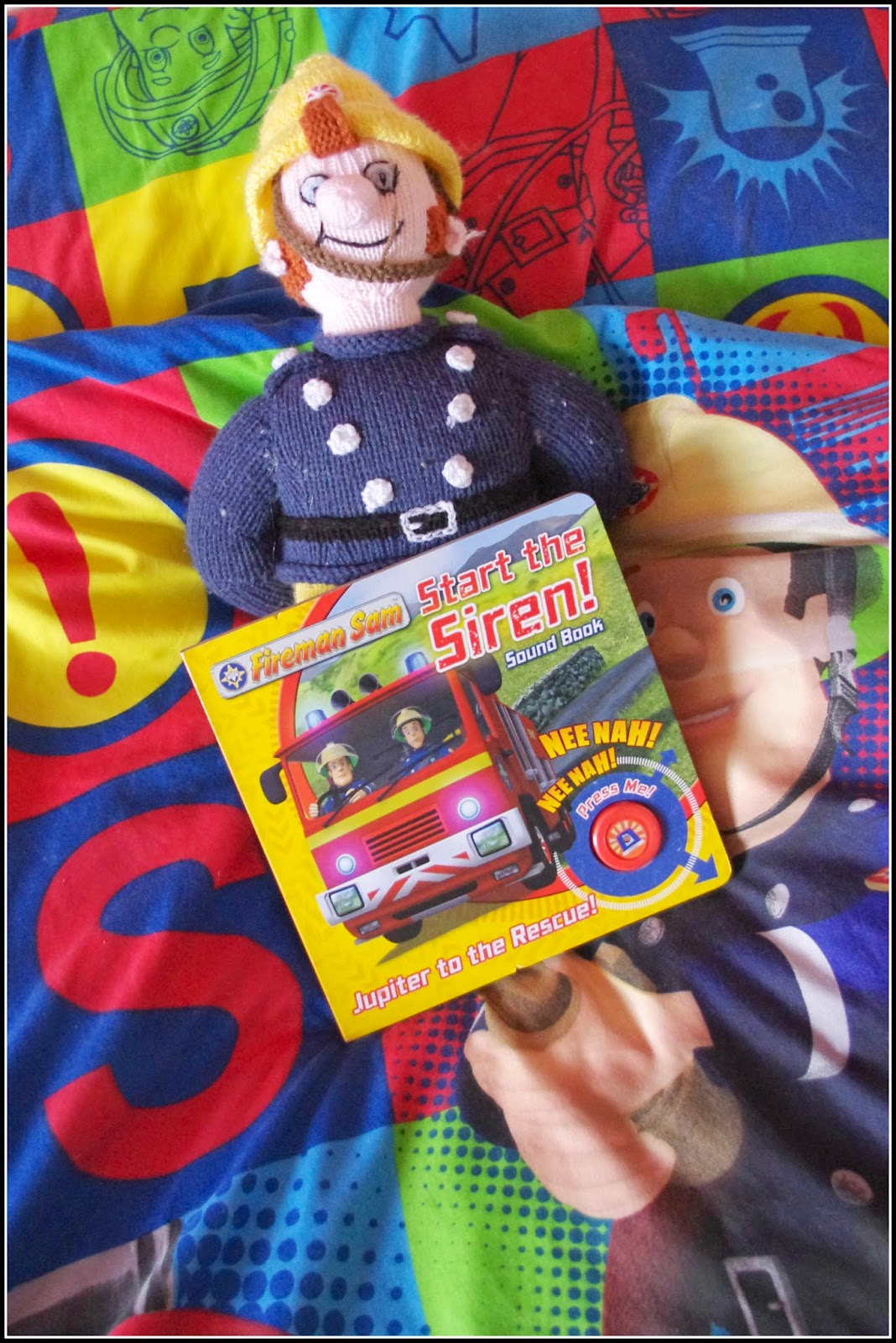 Fireman Sam book Start the Siren