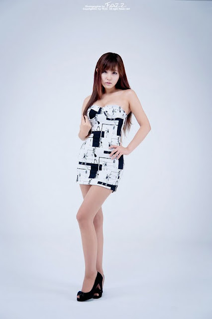Ryu Ji Hye Pretty in Comic Dress