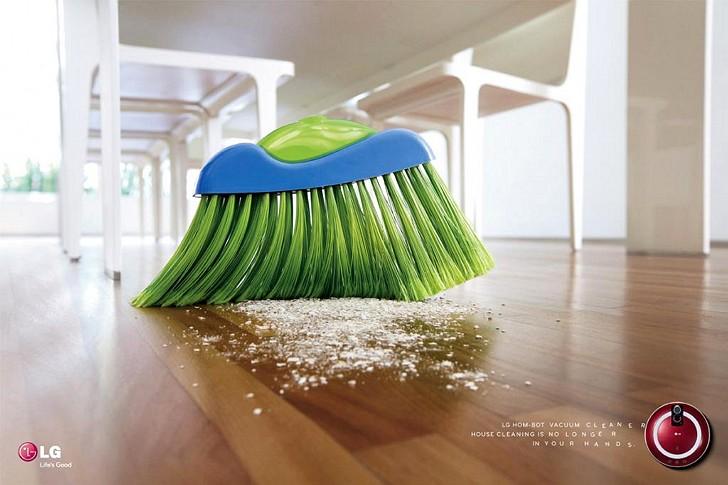 LG Hom-Bot Vacuum Cleaner