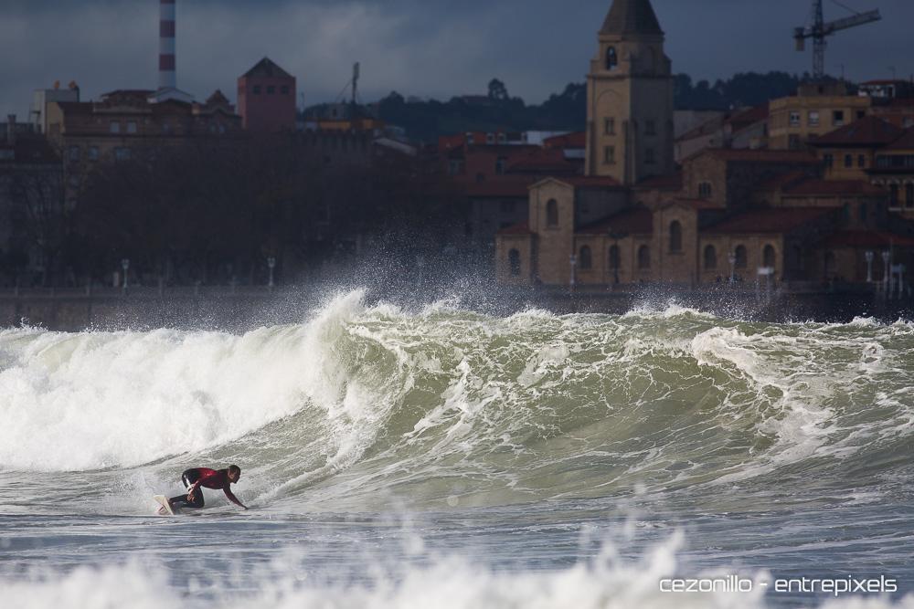 Caicoya surf en San Lorenzo