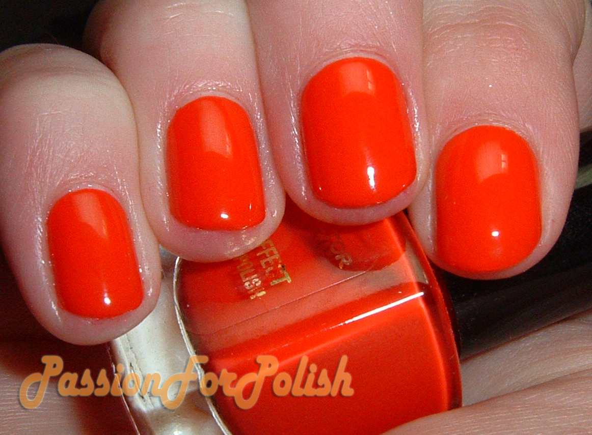 Revlon Colorstay Nail Polish Red Carpet - Creative Touch