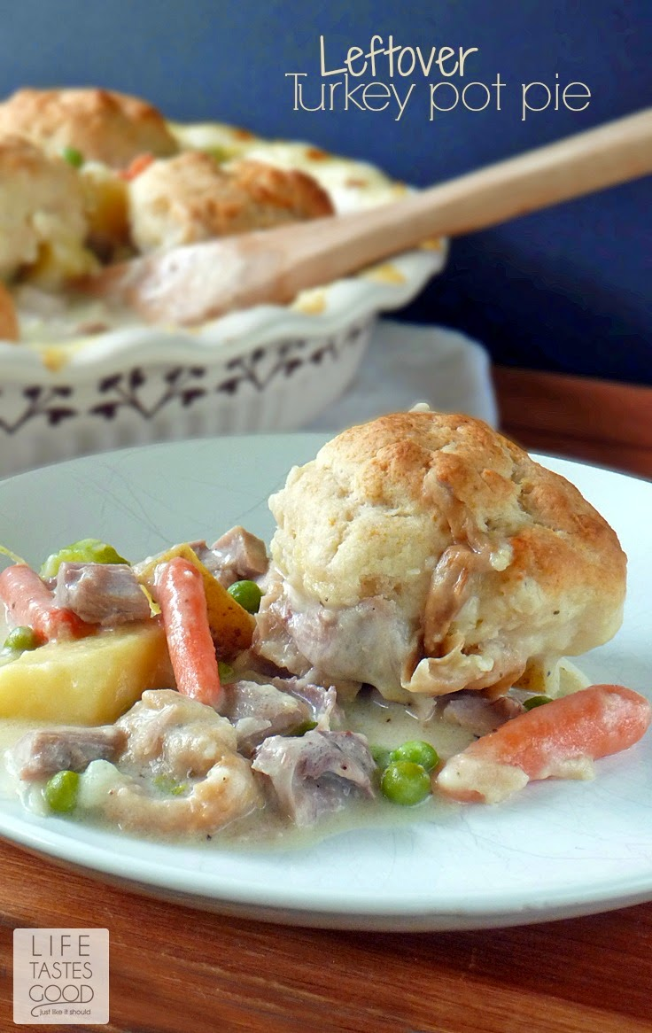 Leftover Turkey Pot Pie | by Life Tastes Good is a deliciously easy way to use up leftover Thanksgiving turkey and vegetables for a creative new meal your family will love.