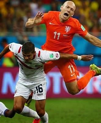 Em jogo dramático,Holanda vence Costa Rica nos pênaltis e vai a semifinal contra a Argentina
