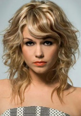 Gone Are The Days When Poodle Perm Hair Was Trendy Because Body Wave Has Replaced Them It Is A Loose Curly Hairstyle That Curls And Looks