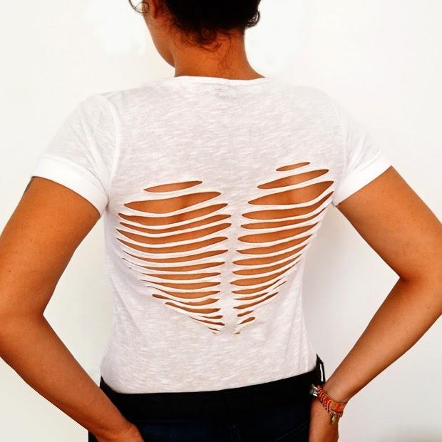 Вырезать сердце на футболке