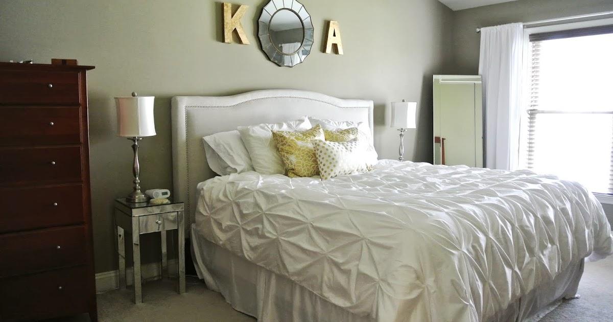 Http Olivelaneinteriors Blogspot Com 2013 06 Master Bedroom Update Gold White Html