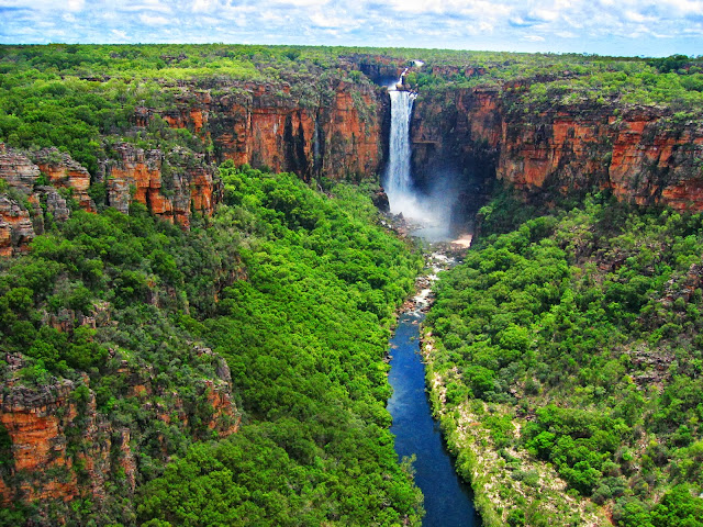 Jim Jim Falls at Kakadu-National-Park, Australia