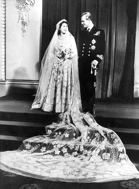 queen elizabeth ii wedding day. Queen Elizabeth II wore