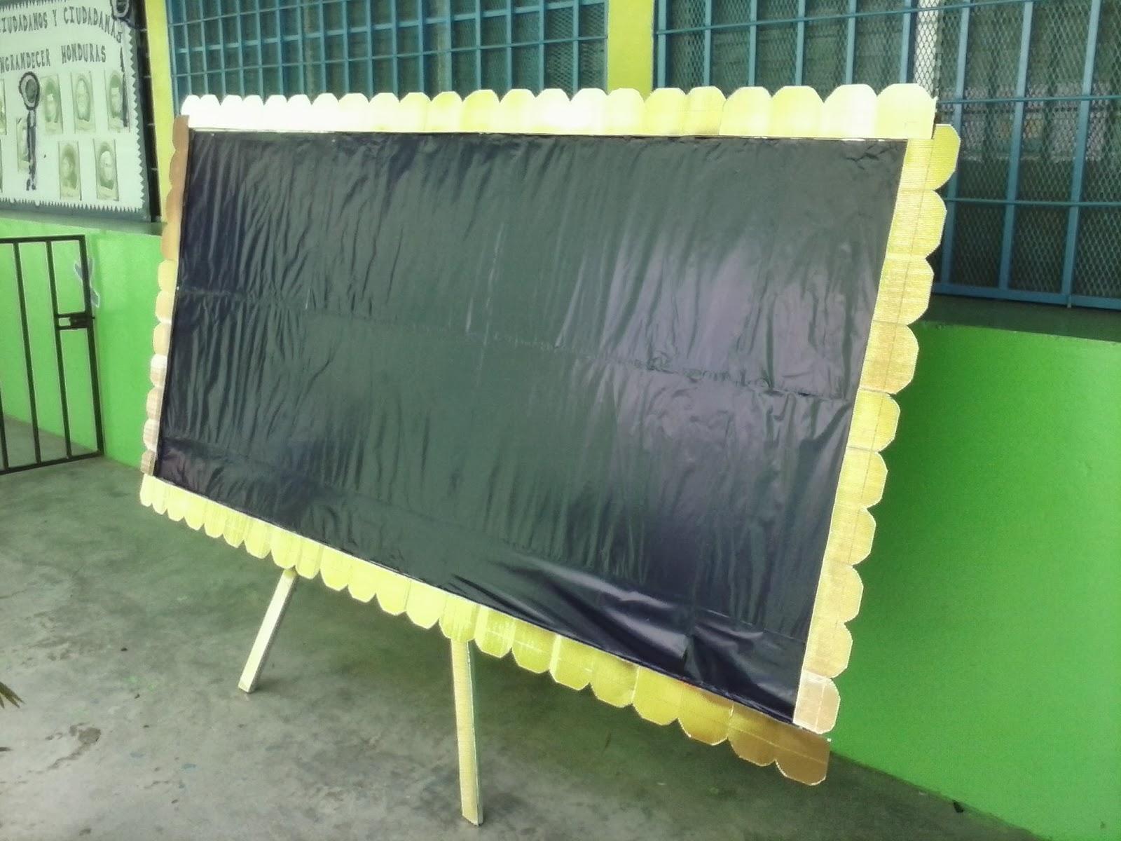 elegidos para elaborar un mural para la clausura de la alfabetizacion