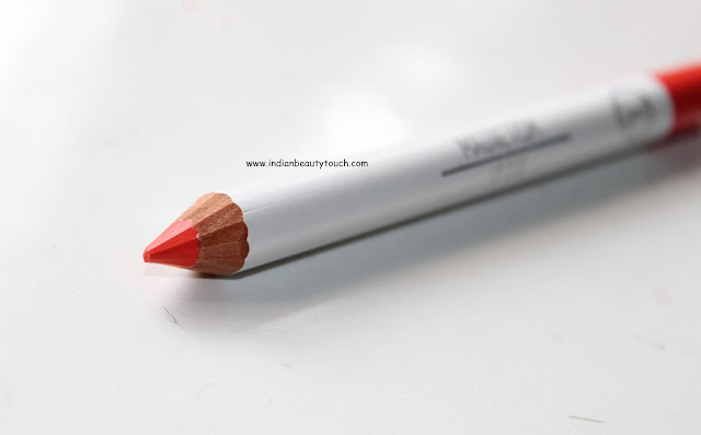 Sigma Beauty, Sigma Lip Base in Magnetism Review and Swatches, Sigma Beauty India, Lips, Lipstick swatches, Lipstick, Orange Lipstick, Matte Lipsticks, Lip liner, Sigma beauty Lipstick. Sigma beaut India, Sigma beauty review India