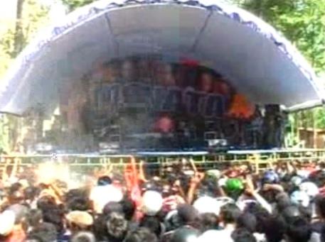 Perawan Kalimantan - Dangdut Koplo OM Monata Download Mp3 New Pallapa Terbaru 2014 Live In Pelemwatu