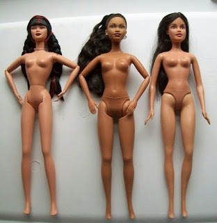 Mattel That's So Raven doll flanked by other Mattel dolls: Generation Girl Mari (l) and Rebelde Lupita (r)