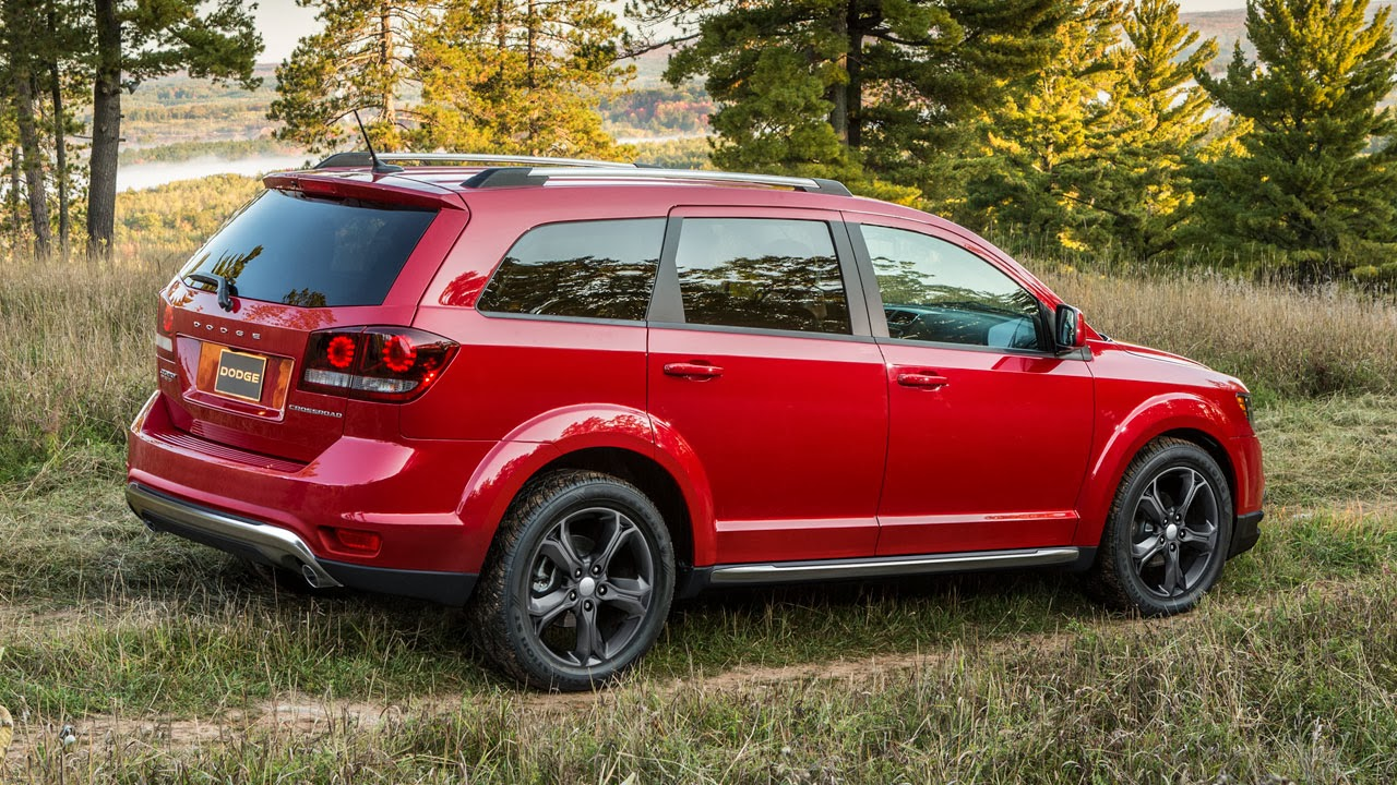 2014 Dodge Journey Crossroad side