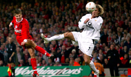 steven-gerrard-scores-against-man-utd-in