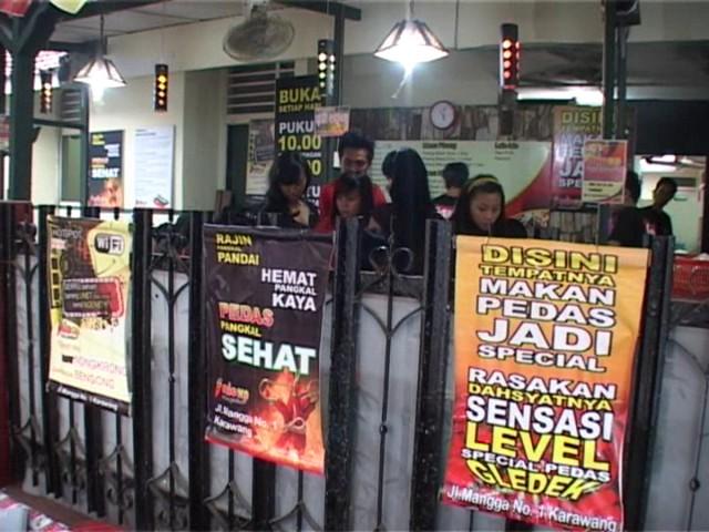 Pedas Quot Mie Ini Berlokasi Jalan Mangga Kota Karawang Jawa Barat