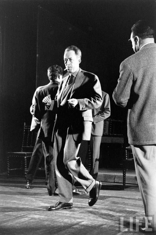 40 Amazing Historical Pictures - Albert Camus dancing