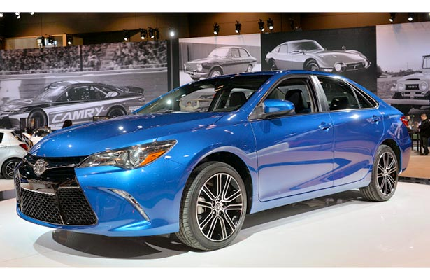 2016 Toyota Camry LE Review