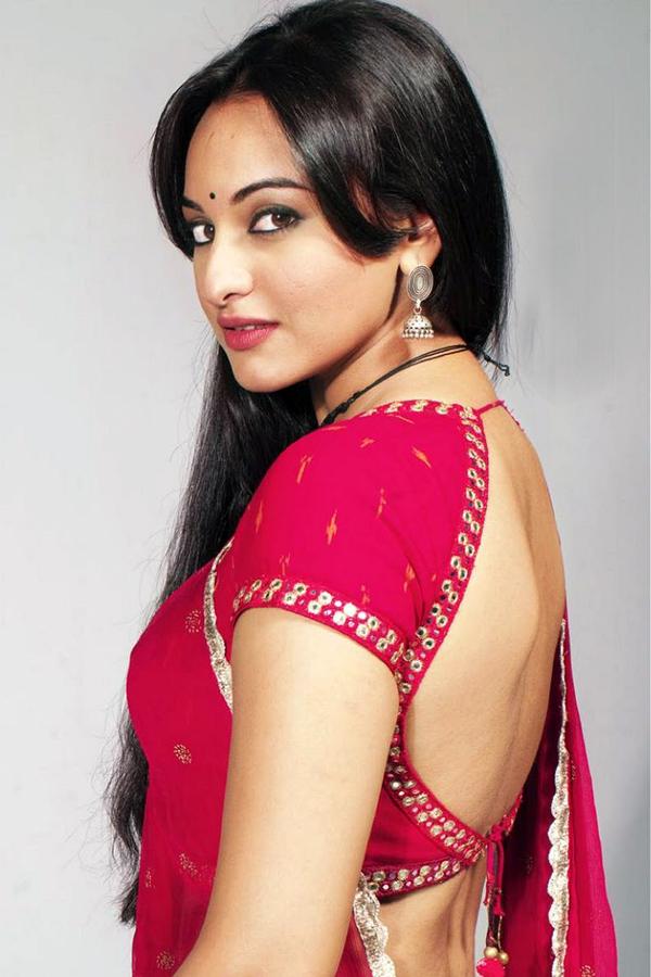 Sonakshi Sinha Hot Spicy Photo   subtat