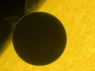 Ultraviolet picture of Venus crossing the sun