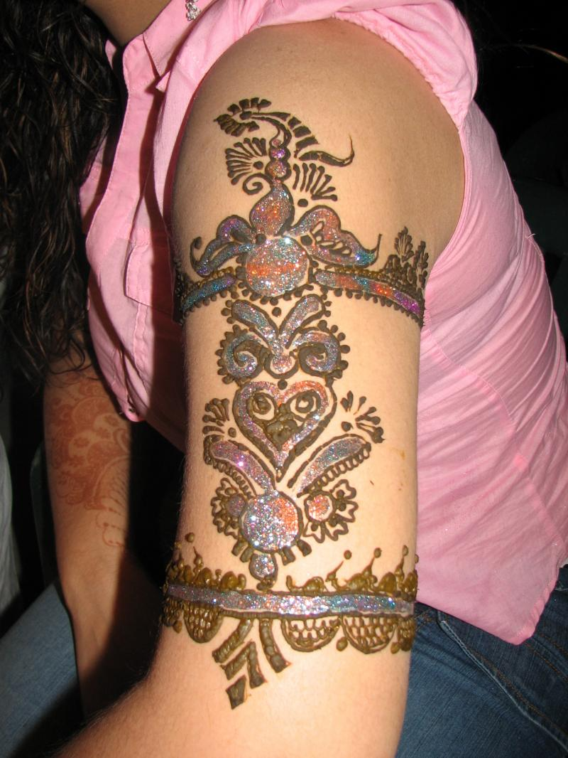 Latest indian sudani pakistani arabic arabian mehndi for Henna tattoo arm designs