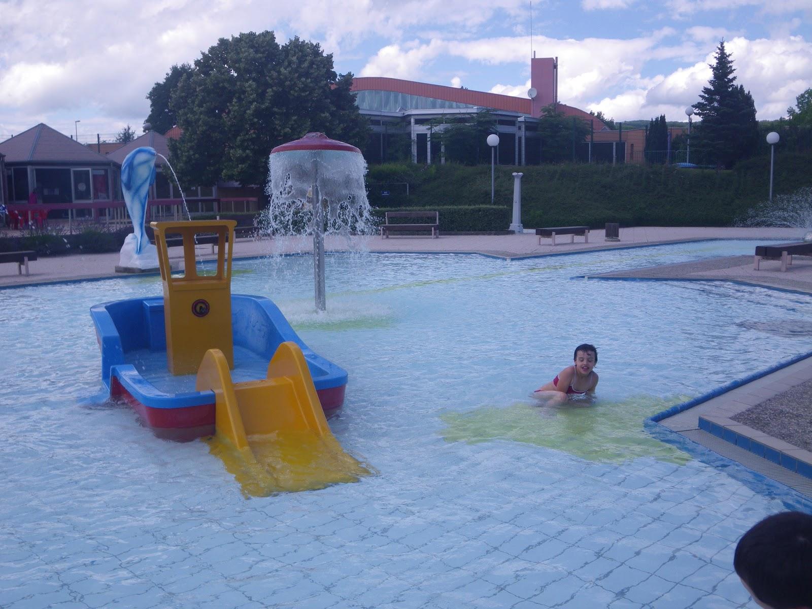 A la piscine du parc de belfort un blog de jeunes for Piscine belfort