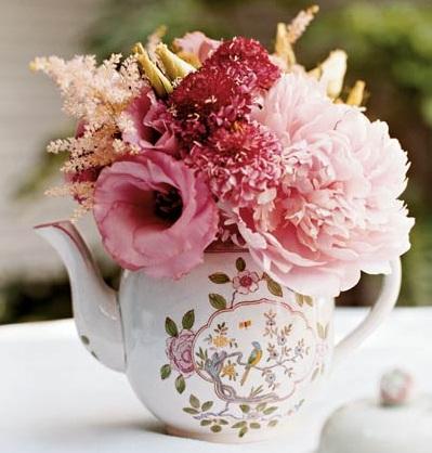 Beautiful Bridal Vintage Teapot Centerpieces