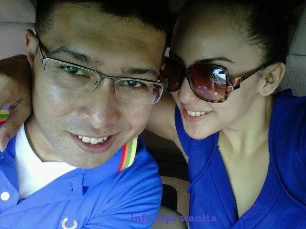 Foto Mesra Regina Jubir Farhat Dengan Pria