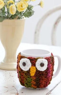 mug cozy de coruja - capa de caneca em crochê