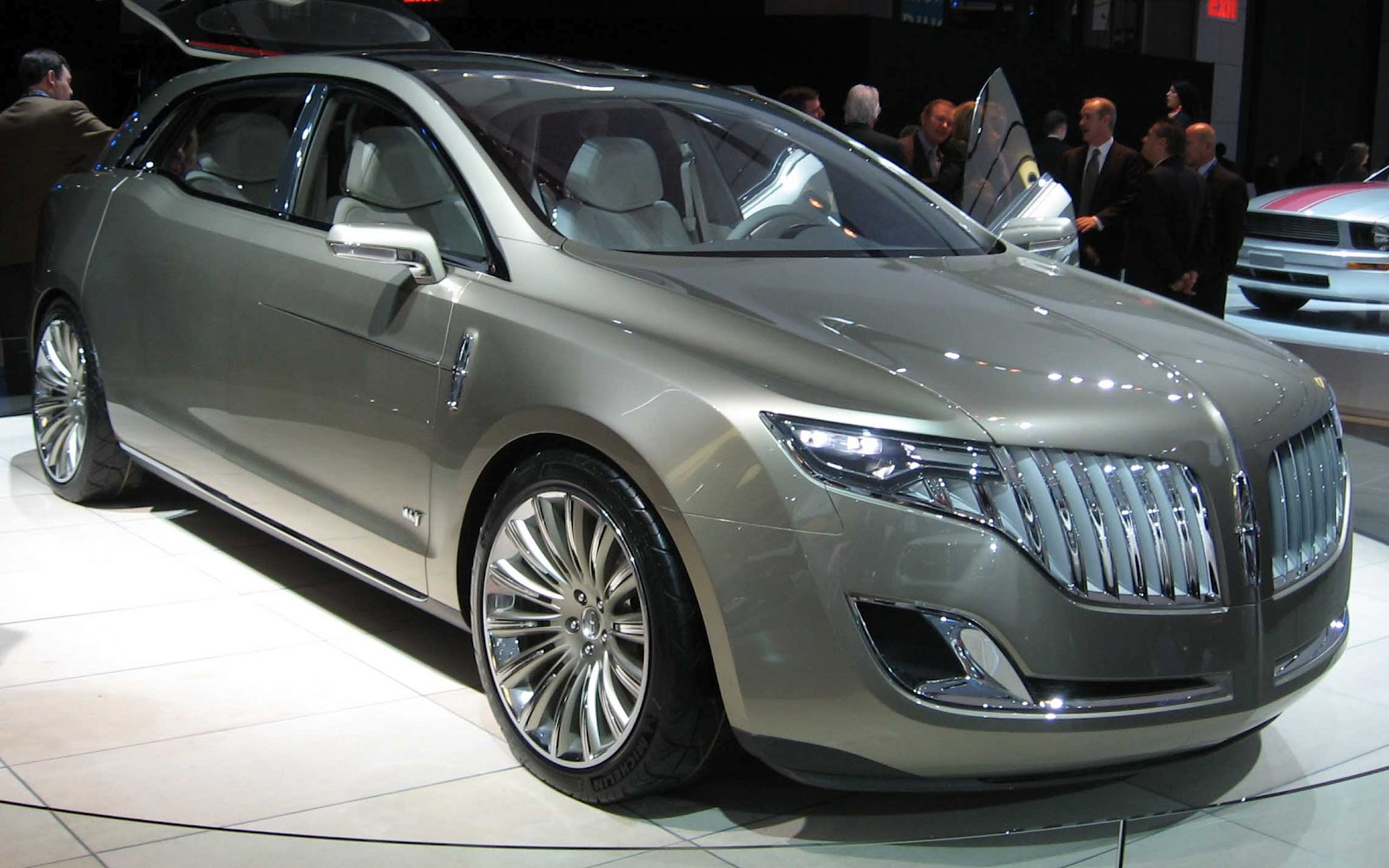 New Lincoln Cars MKT
