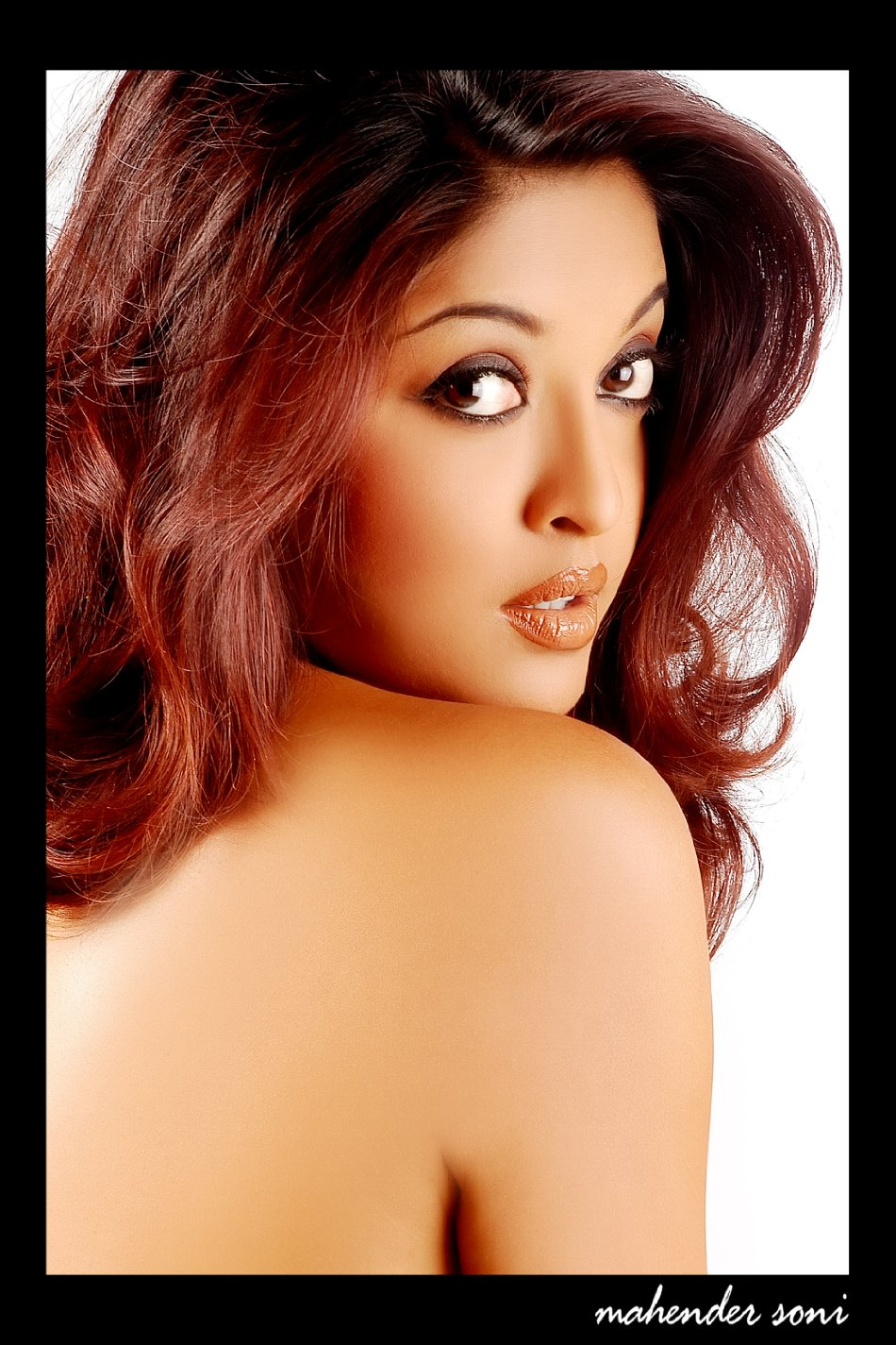 Actresses Tanushree Dutta Naked On Neha Dhupia Desi Nude Actress