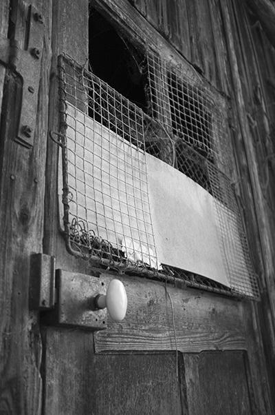 Photo de ferme en noir et balnc dans le vercors