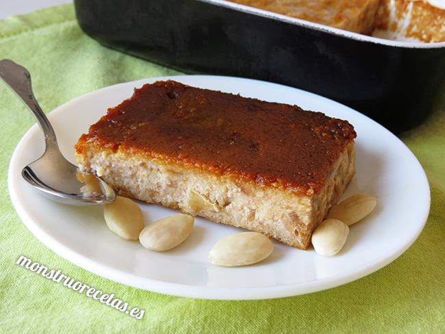 Pudin de pan con manzana