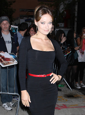 Olivia Wilde sexy low-cut dress - The Daily Show with Jon Stewart - Beutiful Female Photos