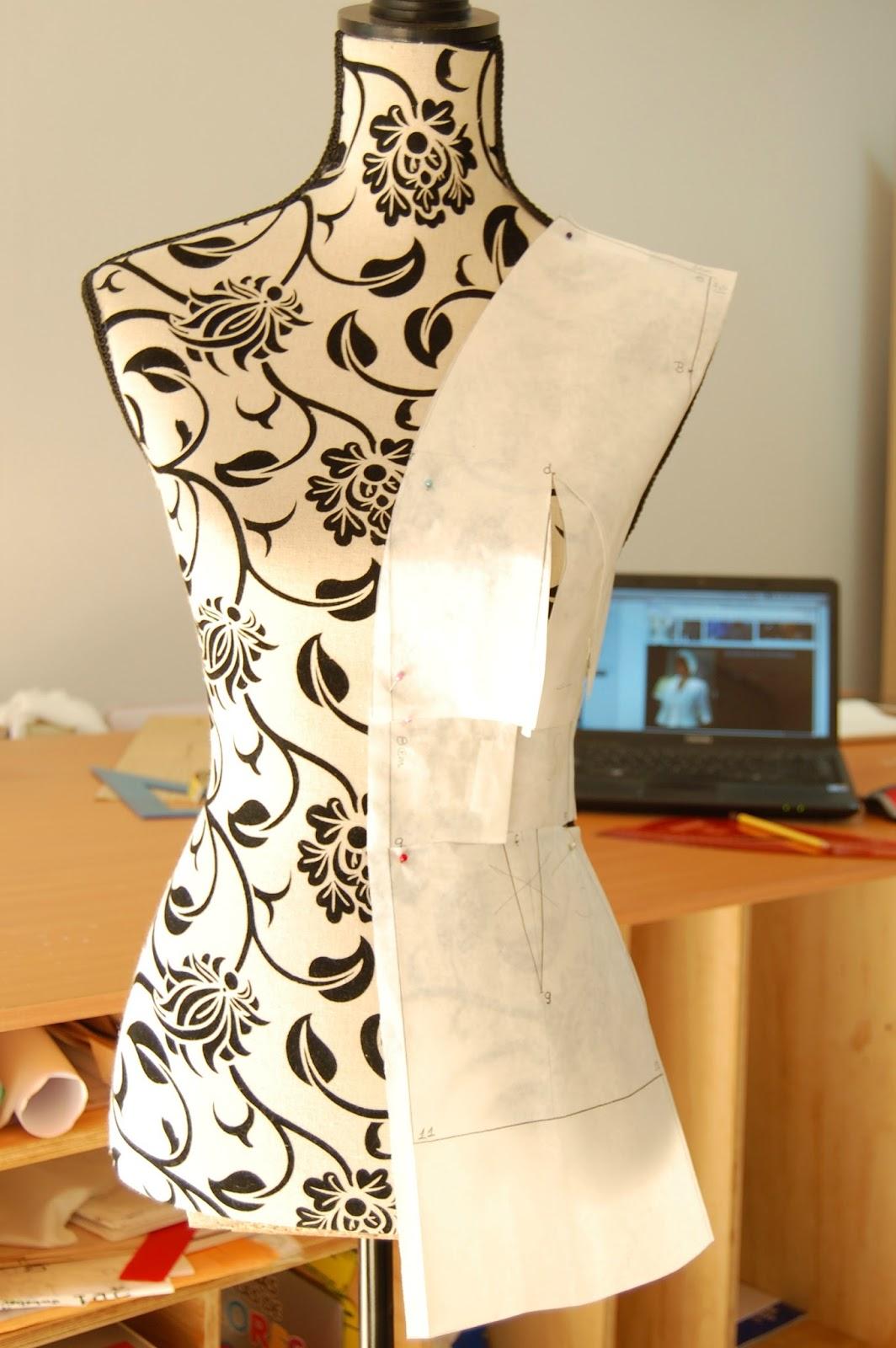 como hacer la chaqueta de Sira Quiroga El Tiempo entre Costuras