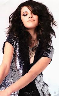 Selena Gómez rockera