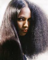 cabelos-cacheados-alisados