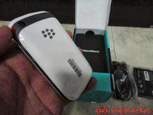 blackberry davis2
