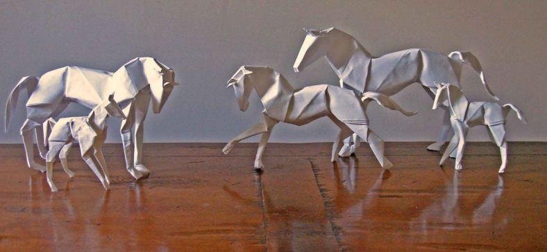 Как сделать лошадь из бумаги своими 90