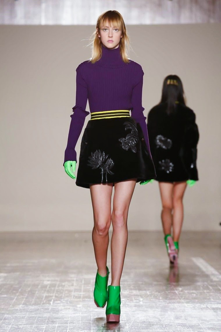 Fyodor Golan AW15, Fyodor Golan FW15, Fyodor Golan Fall Winter 2015, Fyodor Golan Autumn Winter 2015, Fyodor Golan, Fyodor Golan fall, Fyodor Golan fall 2015, du dessin aux podiums, dudessinauxpodiums, vintage look, dress to impress, dress for less, boho, unique vintage, alloy clothing, venus clothing, la moda, spring trends, tendance, tendance de mode, blog de mode, fashion blog, blog mode, mode paris, paris mode, fashion news, designer, fashion designer, moda in pelle, ross dress for less, fashion magazines, fashion blogs, mode a toi, revista de moda, vintage, vintage definition, vintage retro, top fashion, suits online, blog de moda, blog moda, ropa, asos dresses, blogs de moda, dresses, tunique femme, vetements femmes, fashion tops, womens fashions, vetement tendance, fashion dresses, ladies clothes, robes de soiree, robe bustier, robe sexy, sexy dress
