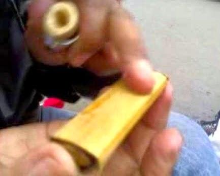 Cara Mengkilapkan Batu Akik Menggunakan Bambu
