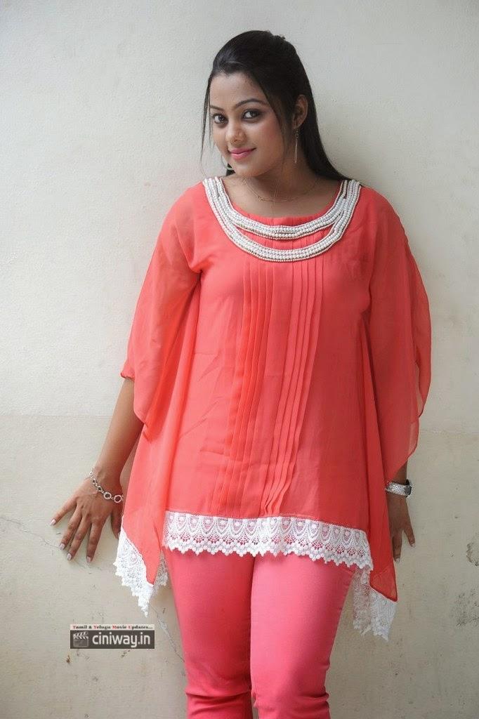 Actress-Kajal-Yadav-Stills-at-Manasa-Thullipadake-Success-Meet