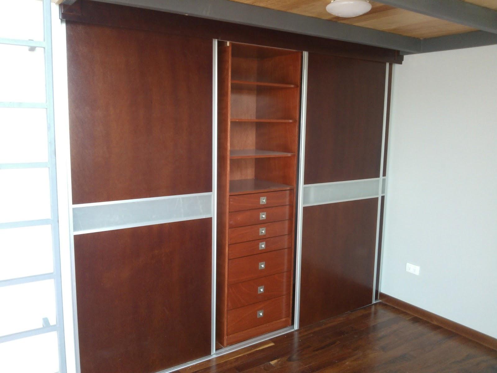 Cocinas integrales vestidores closets etc closets y for Closet de aluminio