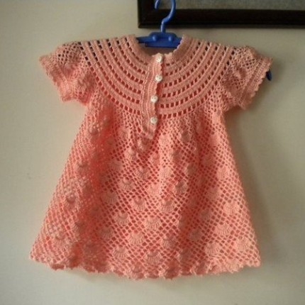 Pretty Little Girl's Dress - Free Crochet Diagram